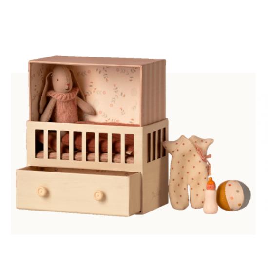 Chambre bébé micro lapin -...